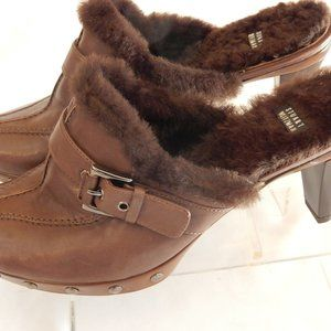 STUART WEITZMAN BROWN FAUX FUR TRIMMED CLOGS 8.5M